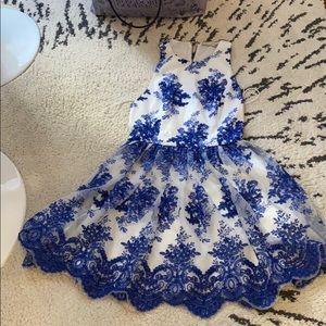 Alice+Olivia dress embroidered